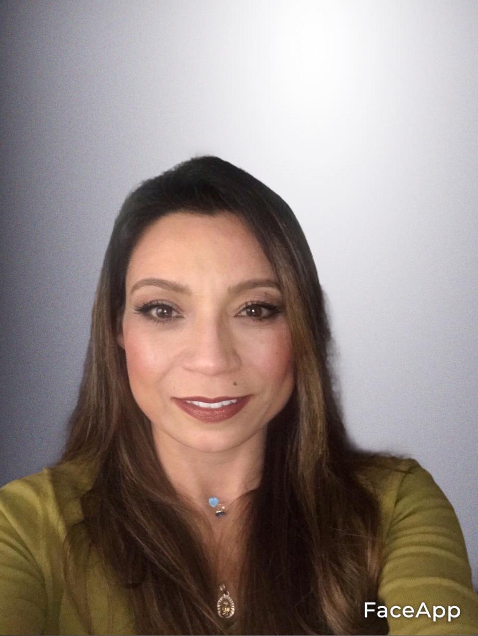 Dra. Sandra Briñez.